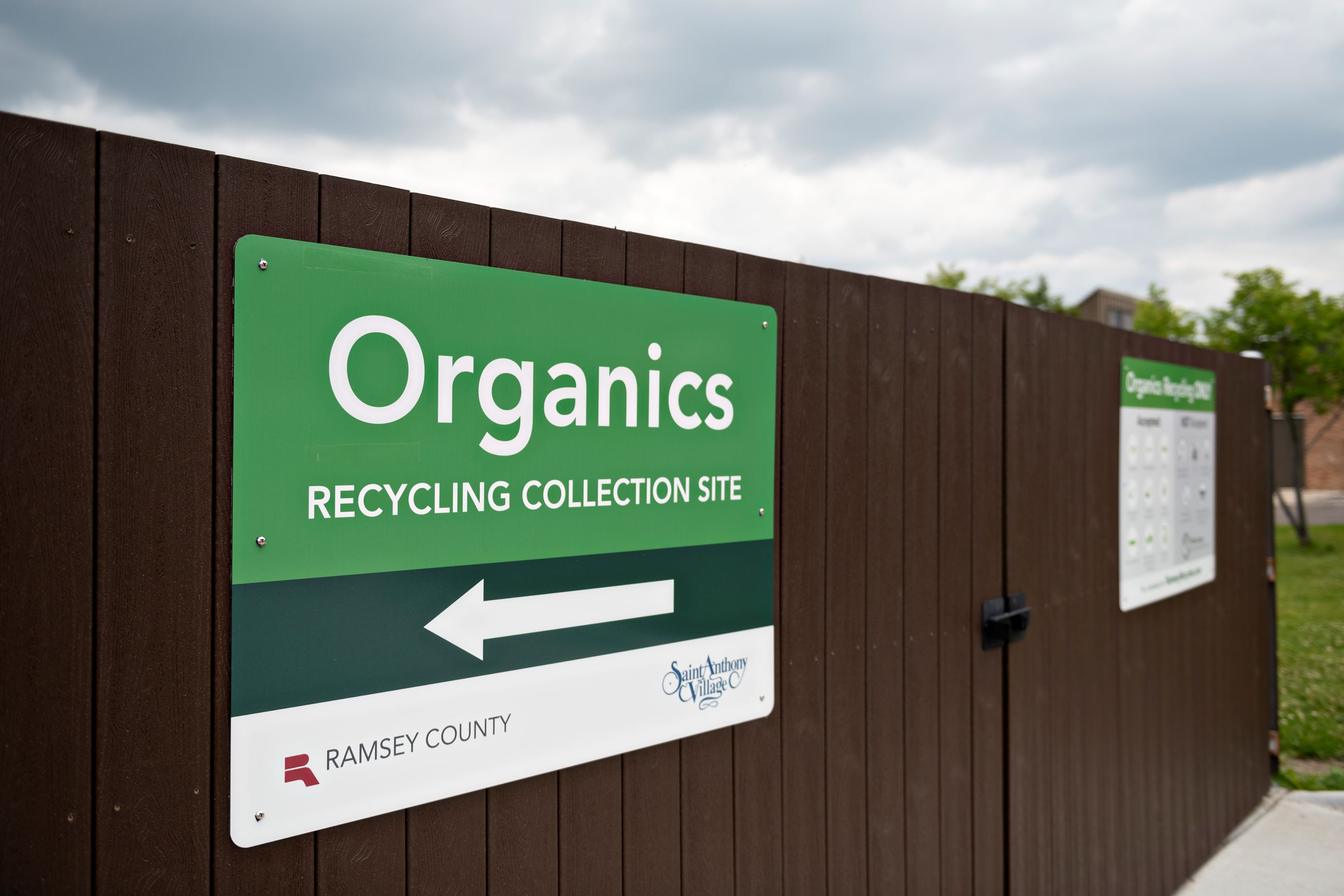 organics sign closeup